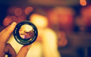 camera-lens-bokeh-blurred-artistic-photo-1280x8001
